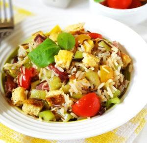 Испанский салат с рисом