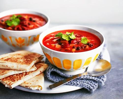 Мексиканский суп из фасоли с хрустящими лепешками | Кулинарные рецепты / Very-stylish