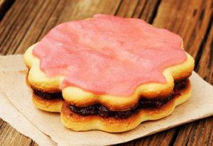 Песочные пирожные с розовой глазурью | Кулинарные рецепты / Very-stylish