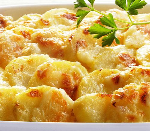 Картошка с сыром.