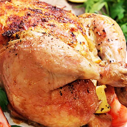 Жареная курица с лимоном и зеленью