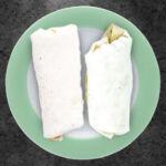 Буррито с курицей и гуакамоле